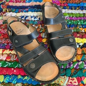 Finn Comfort German Made Sandal Size 41